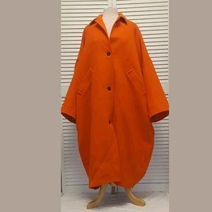 Orange ISAAC MIZRAHI VINTAGE Cape Coat. O/S